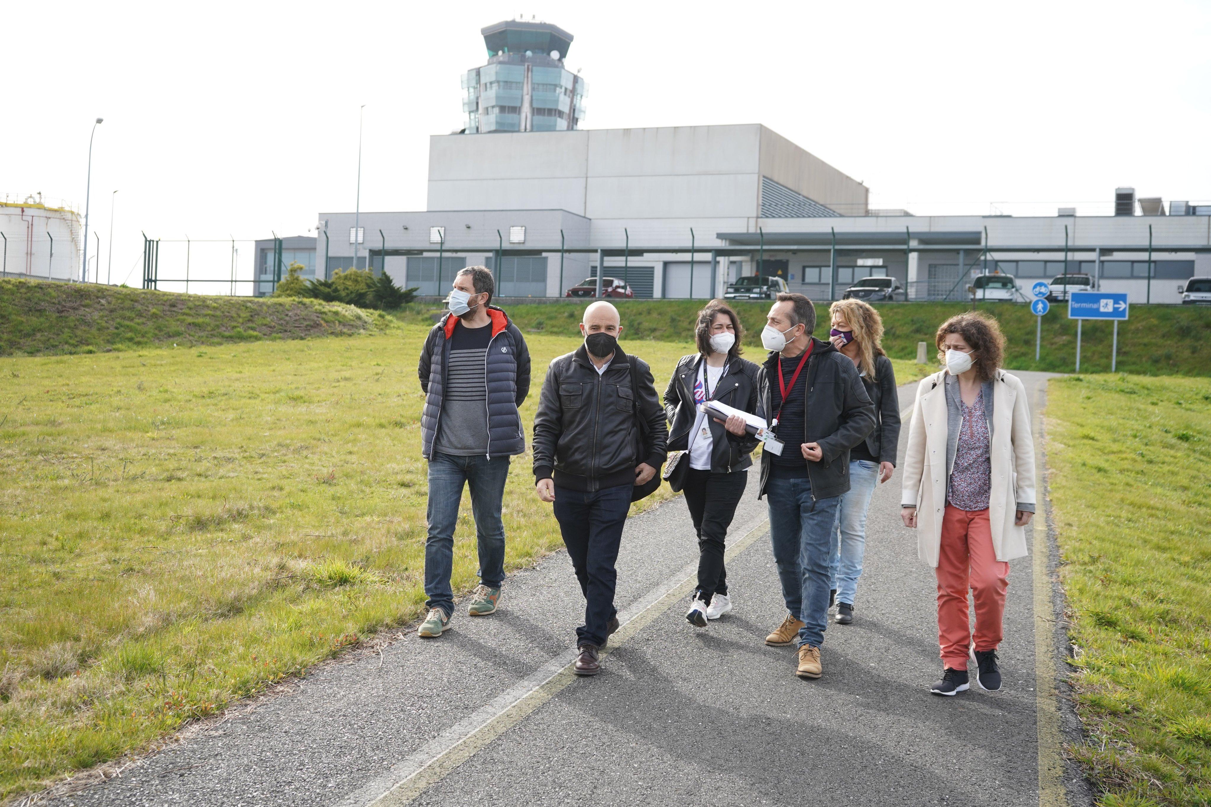 O BNG reclama melloras e máis seguranza no aeroporto de Santiago de Compostela